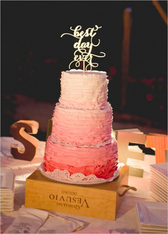 pink ombre wedding cake @weddingchicks