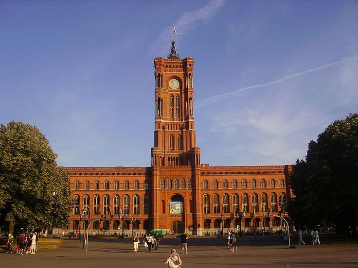 Berlin Rotes Rathaus B - Berlin - Wikipedia, the free encyclopedia
