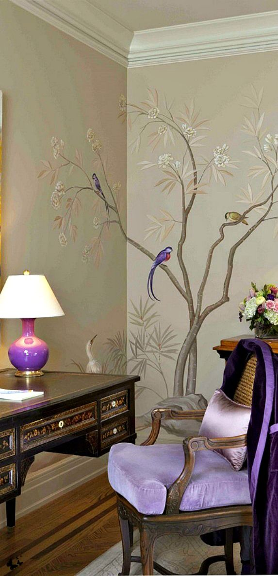 Pretty soft lilac interior paired with silver chinoiserie.