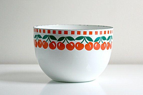 Vintage Kaj Franck Enamel Cherries Bowl  Finel Arabia by WiseApple