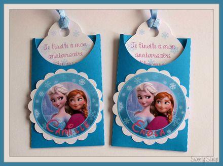 Jolie carte d'invitation anniversaire Reine des neiges réalisé sur commande avec le prénom de votre enfant et texte de votre choix.  Possibilité de choisir le texte pour l'int - 10444233