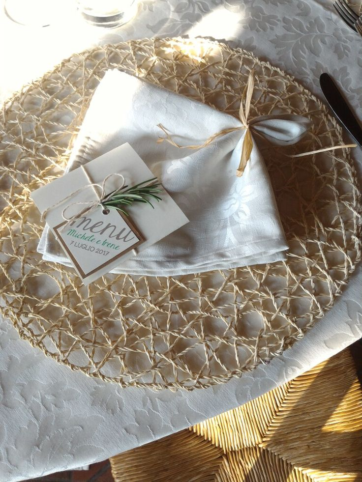Menù rustico - Rustic menu #wedding #menu #rustic #matrimonio #burlap #aromatiche