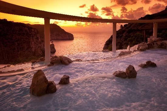 Hotel Hacienda Na Xamena, Port de Sant Miguel:  http://bit.ly/1oar92x