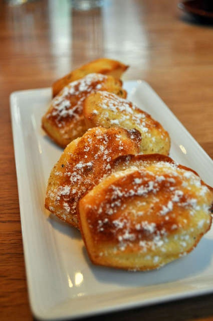 Madeleine, filled with lemon curd @ Cumulus
