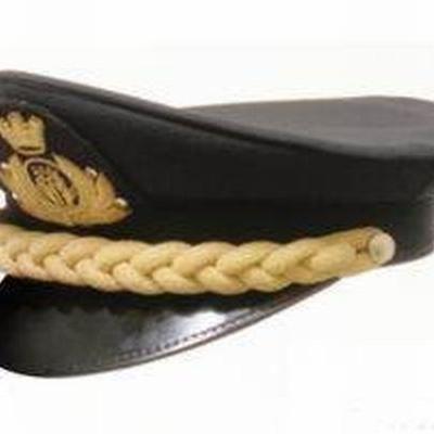 Cappello per vetturiere, in lana 100% con frontino nero e treccia dorata centrale