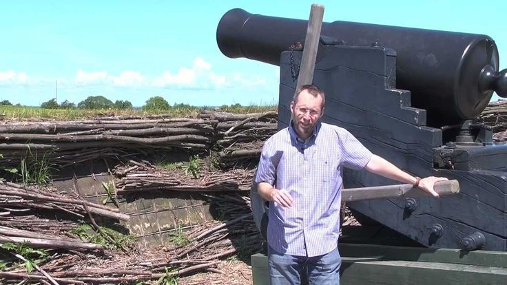 Tom Buk-Swienty shows around at the battlefields.