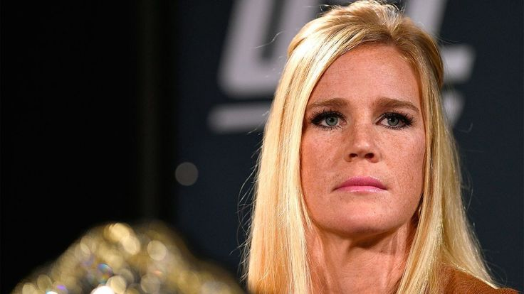 beautiful holly holm wallpaper
