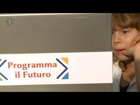 Programma il futuro - Il coding torna fra i banchi - YouTube