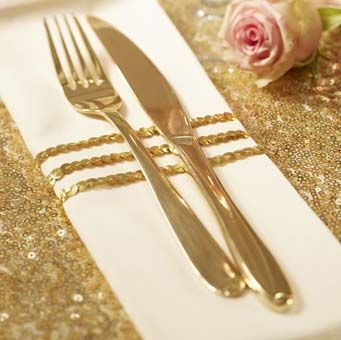 Ideal for wrapping up birthday presents and Christmas presents. Perfect for adding extra touches to wedding table settings, even finishing touches on wedding favors.