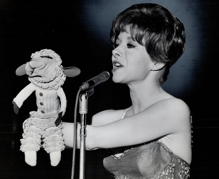 Notable People Who Died on August 2 | Lamb Chop puppeteer Shari Lewis, 'The Big Lebowski' actor David Huddleston, writer William S. Burroughs, former POTUS Warren G. Harding, and Scottish scientist Alexander Graham Bell all died today in history.