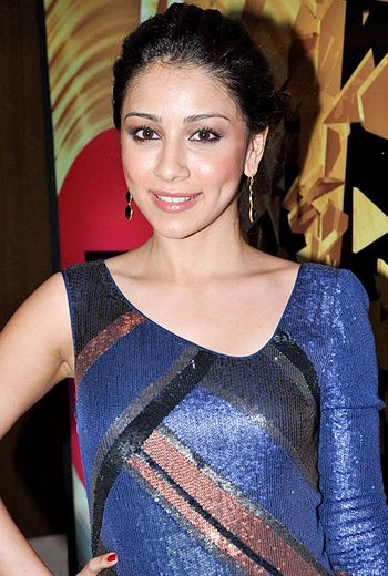Amrita Puri wishes to play meaty roles!