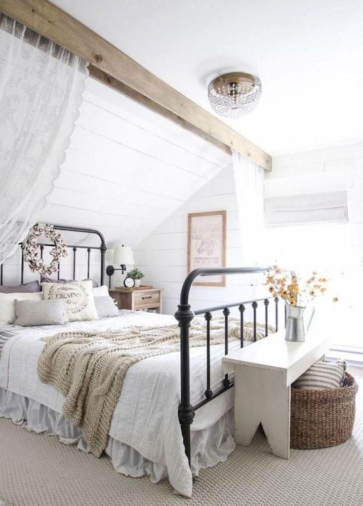 29 Gorgeous Farmhouse Master Bedroom Ideas #beautifulmasterbedroomideas