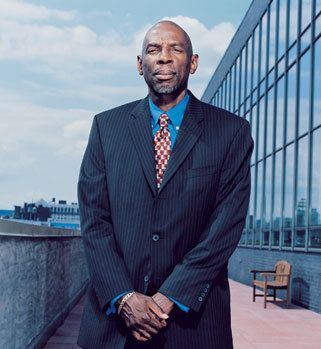 Geoffrey Canada, founder & CEO of the Harlem Children's Zone Project, and a leader in education reform in America.: Children Zone, Intrigu People, Black America, Interesting People, Geoffrey Canada, Harlem Children, Education Reformer, Zone Projects, Canada Superman
