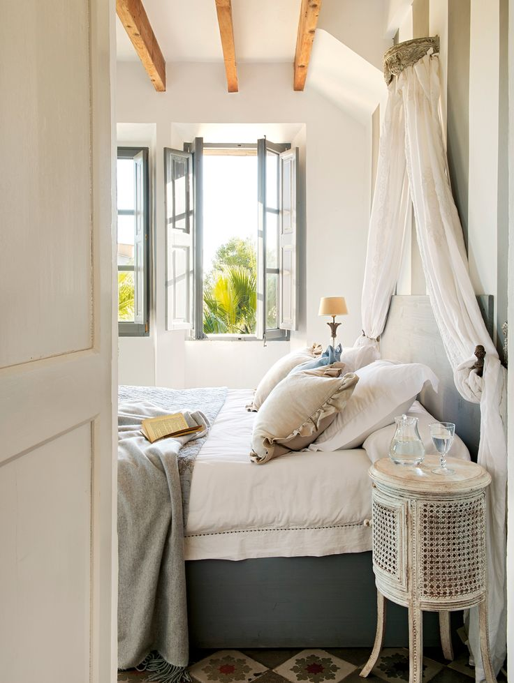 Die besten 25+ Nachttisch landhaus Ideen auf Pinterest - romantische schlafzimmer landhausstil