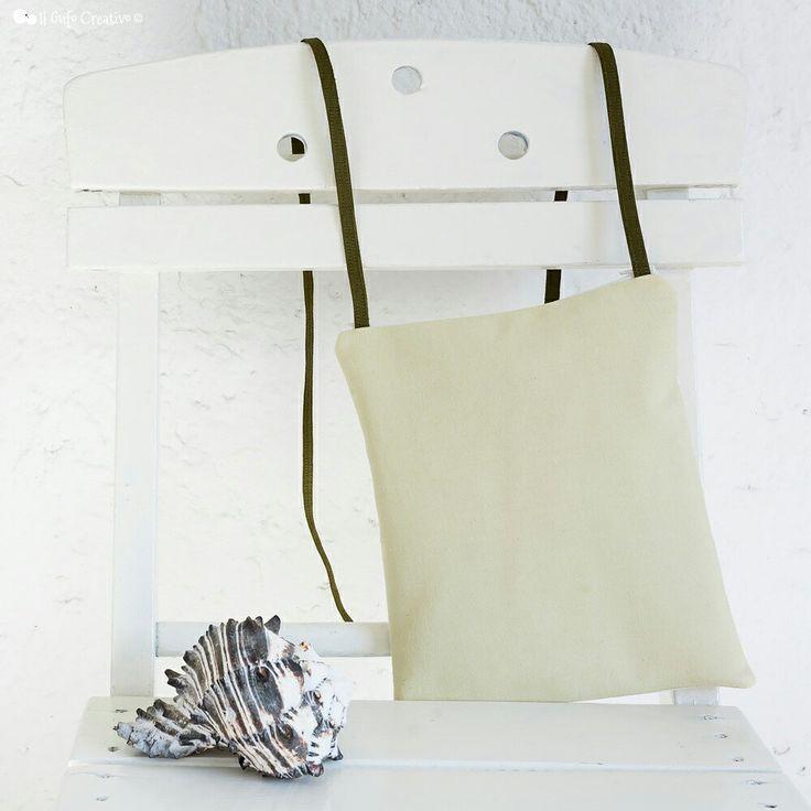 Light green crossbody bag on my Etsy shop : etsy.com/shop/ilgufocreativobags