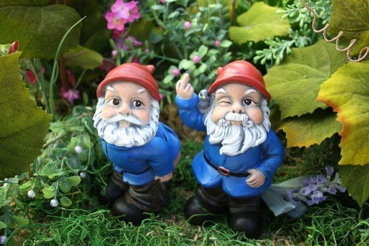 Gnome Garden: Garden Gnome Flipping The Bird Concrete Rude Gnome Statues
