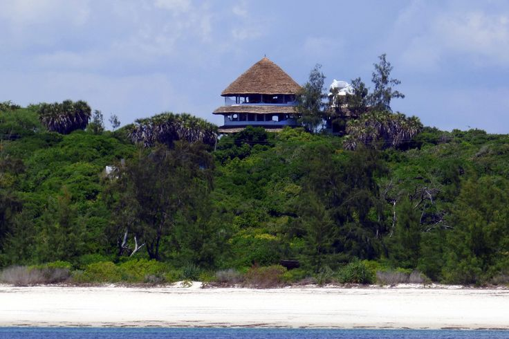 Watamu Treehouse from the beach, through the forest, to the sky
