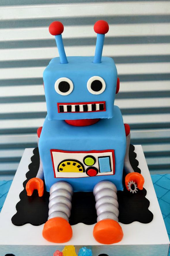 Love the adorable details in this amazing and colorful Robot Birthday Party