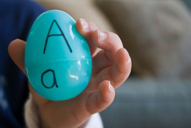 Uppercase and lowercase letter matching game for your little ones.  What to do with those ubiquitous plastic eggs that, for the first time, doesn't involve putting something IN them.  So, so smart.