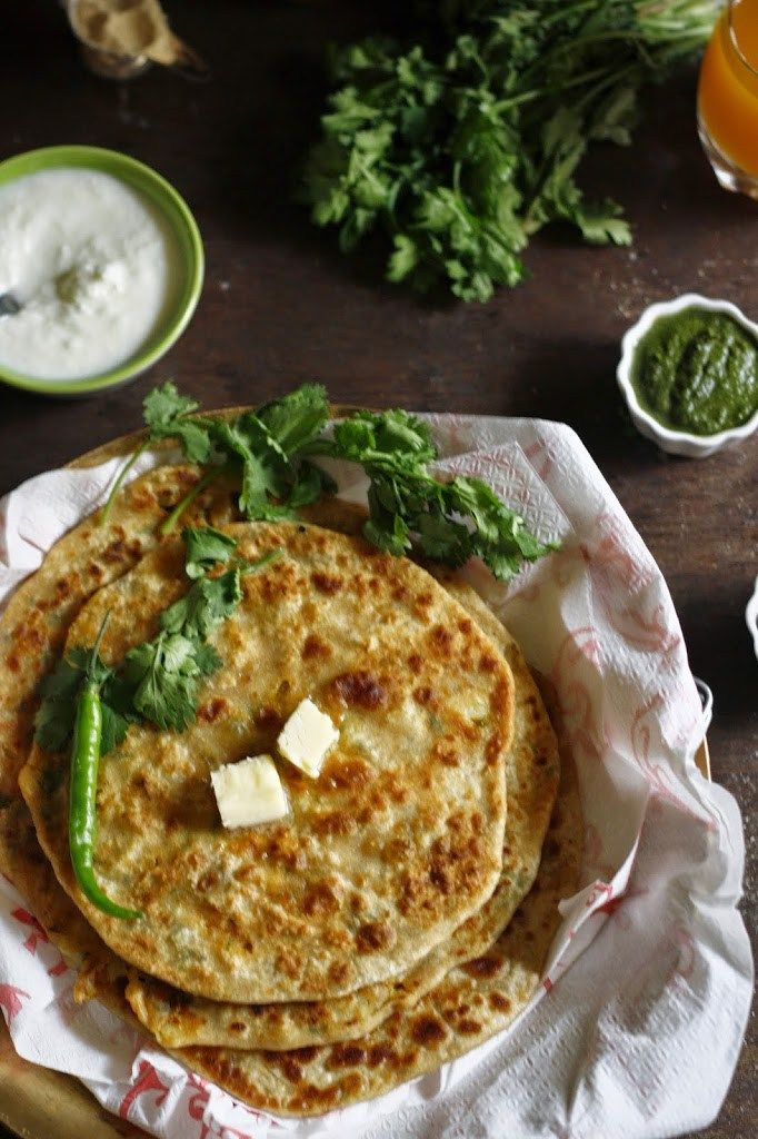aloo paratha/ Alu paratha/ Indian flatbread with potato filling