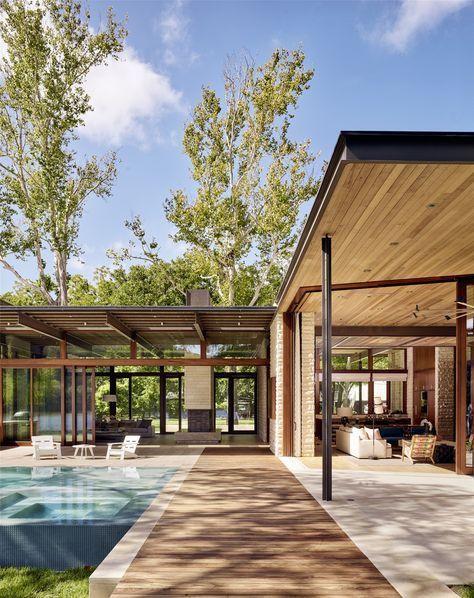 Lake Austin Residence / Une architecture parallèle