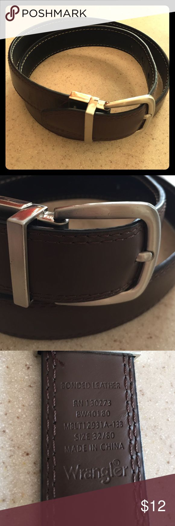 Men's leather reversible belt Reverses black or brown. Nice condition. Silver hardware. Wrangler Accessories Belts