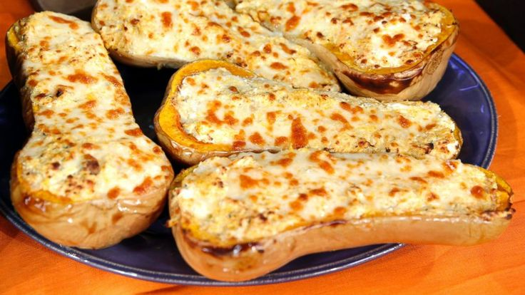 Rachael Ray's Four-Cheese Stuffed Butternut Squash Makes a Great Meat-Free Entree