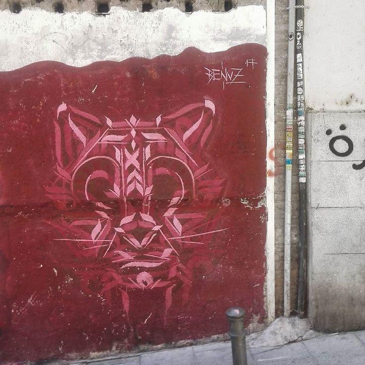 El gato de Cheshire #Madrid #Lavapies #art #artwork #graffiti #graffitiigers #graffitiporn #instagood #instagraff #instagraffiti #instagrafite #mural #pasteup #photooftheday #sprayart #street #streetart #streetarteverywhere #streetartistry #streetphotography #urban #urbanart #urbanwalls #wall #wallporn