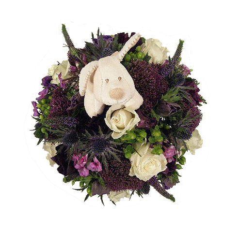Bloemstuk New Born Jongen Een jongen geboren? Geef dit geboorte bloemstuk kado aan de ouders. Deze mooie biedermeier wordt geleverd inclusief een leuke knuffel. Dit biedermeier bloemstuk wordt gemaakt van witte rozen met blauwe bloemen. Let Op !!! Dit biedermeier bloemstuk is alleen te bestellen voor levering in Nederland Belgià en Luxemburg !! Kies eerst uit de opties om dit bloemstuk te bestellen. EUR 27.50 Meer informatie http://naaar.nl/29n8Gfp #bloemen
