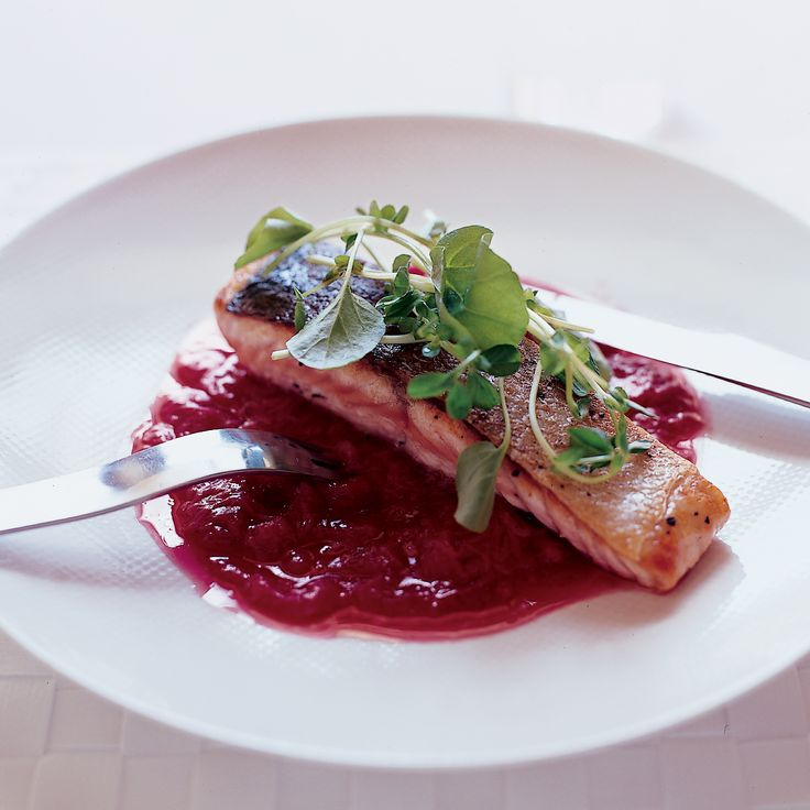 Sautéed Salmon with Rhubarb Marmalade    Sub FMD approved oil and xylitol for the sugar