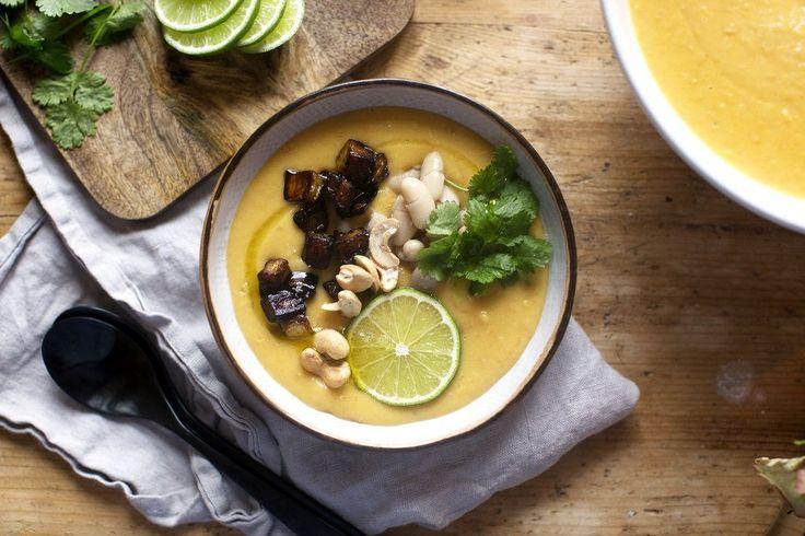 Recept- Vegansk matig soppa med sötpotatis, lime och aubergine