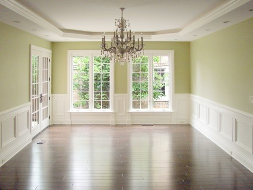 wall color  wainscotingWall Colors, Traditional Dining Rooms, Breakfast Nooks, Green Wall, Trays Ceilings, Dining Room Colors, Painting Colors, Benjamin Moore, Dining Room Design