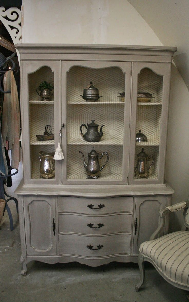 Reloved Rubbish French Provincial Hutch With Chicken Wire Coco A Wash Of Old Ochre Find This Pin And More On Buffets Sideboards
