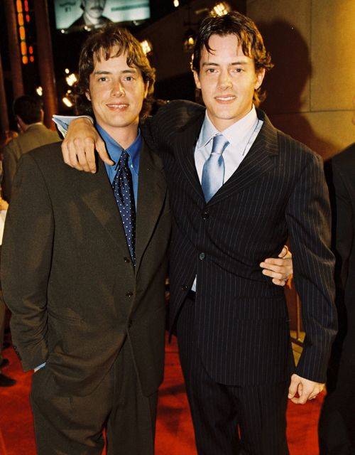 "Jason and Jeremy London: Jason London starred as Randall ""Pink"" Floyd in 1993's Dazed and Confused and as an early virtual reality adopter in the video for Aerosmith's ""Amazing,"" which helped launch Alicia Silverstone's career. He is not to be confused with Jeremy London, his identical twin brother, who played key roles in Kevin Smith's Mallrats and as Neve Campell's bad-boy boyfriend on Party of Five. It's easy to wonder if casting directors knew these were two different actors."