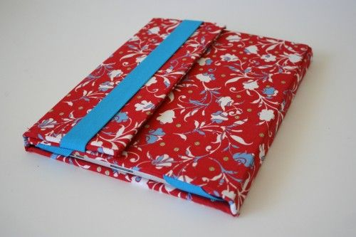 I used this website to make an ipad cover for my neighbor.  It also has instructions for kindle and other devices.