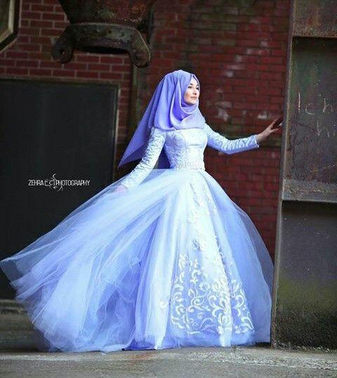 the ball gown foh hijabi prom.........pintrst:zaraf0556