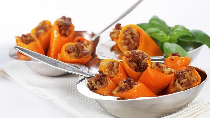 Fylt paprika med ris og karbonadedeig - Sunn - Oppskrifter - MatPrat