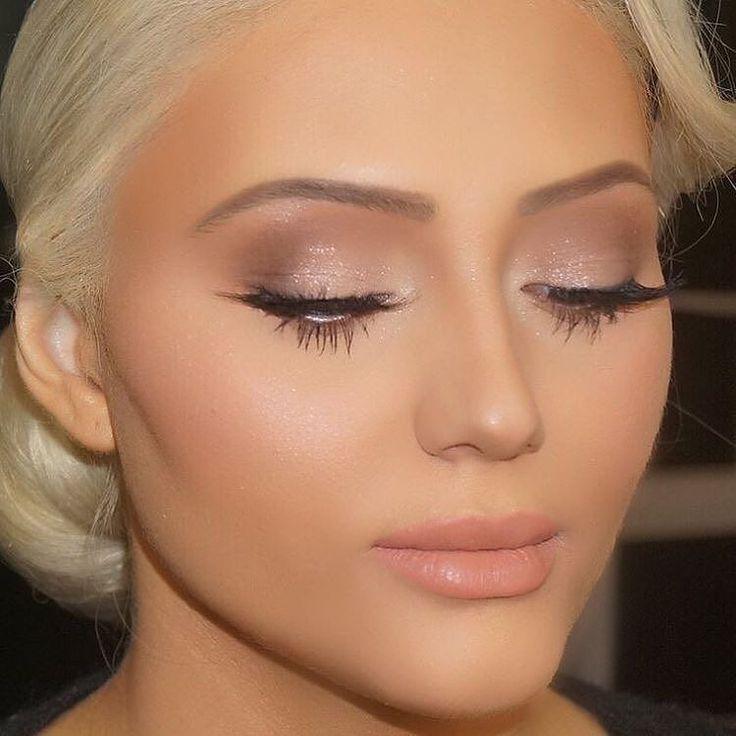 Το πιο φυσικό μακιγιάζ που αναδεικνύει τα χαρακτηριστικά σας! Για κρατήσεις ραντεβού στο σπίτι σας στο τηλέφωνο  21 5505 0707! . . . #γυναικα #myhomebeaute  #ομορφιά #καλλυντικά #καλλυντικα #μακιγιαζ #κραγιόν #κραγιον #makeup #ομορφια #μακιγιάζ #φρέσκο #φυσικο