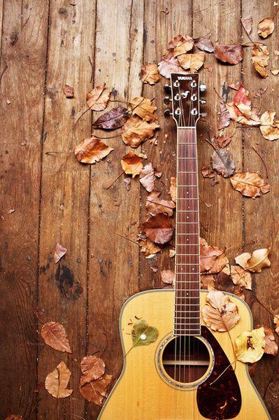 violão e voz                                                                                                                                                                                 Mais