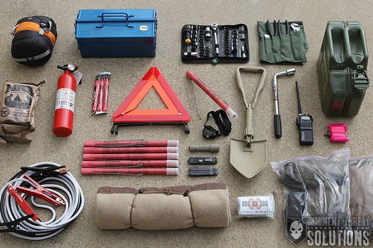 13 Common Sense Items you Need in a Winter Vehicle Emergency Kit #survival #prepper