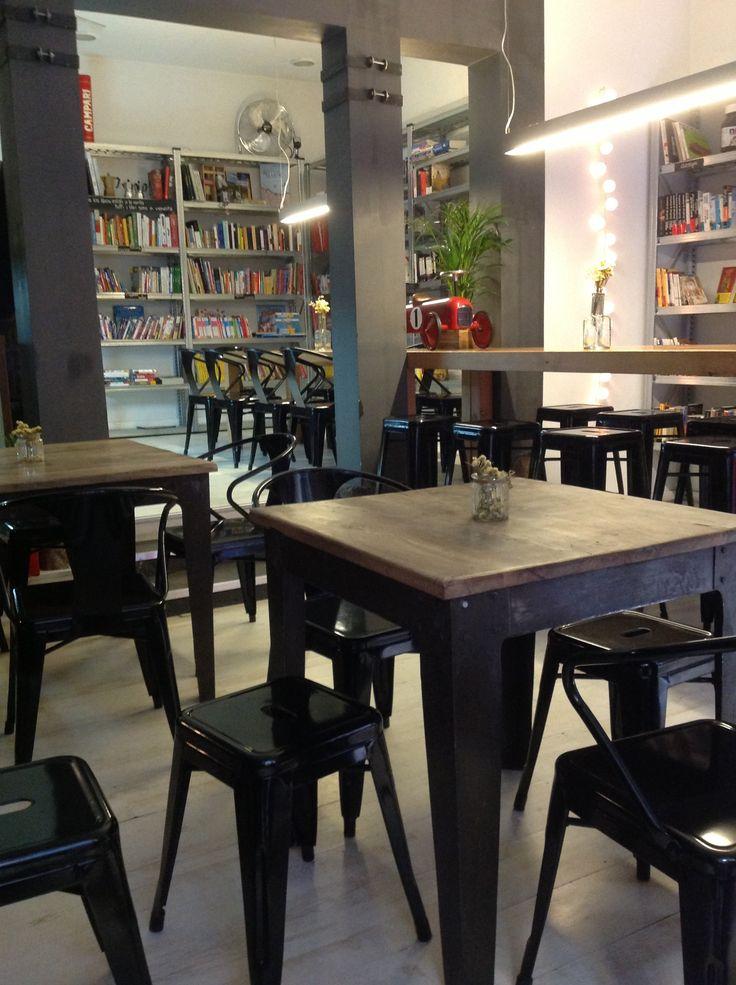 Café Librería italiana en Corredera baja de San Pablo, Madrid