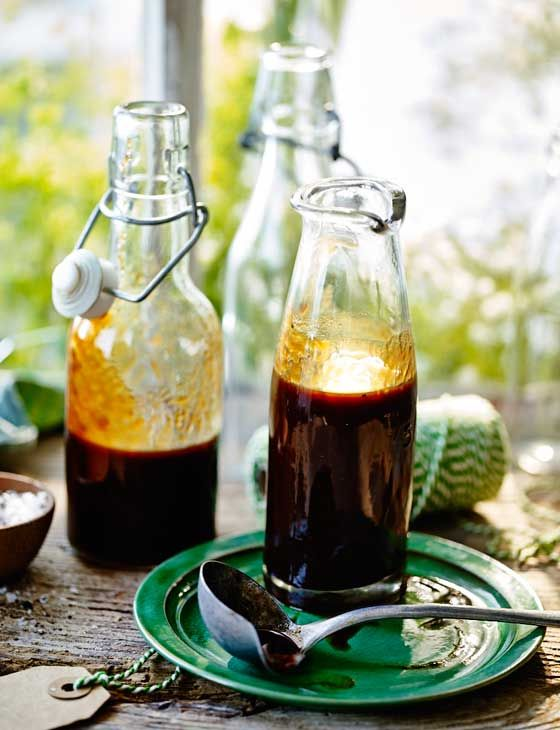 Homemade smoky barbecue sauce - ready in 20 minutes