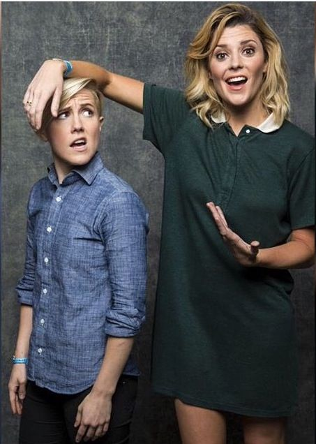 Hannah Hart and Grace Helbig