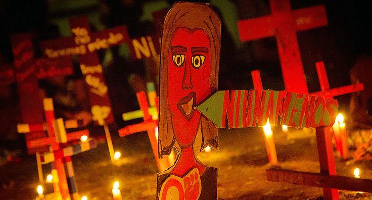 Familia en espera del Tribunal Superior de Justicia Por: Montserrat Antúnez Estrada  Cimacnoticias   Ciudad de México, 20/07/2017.– La familia de Lesvy está en espera de que el Tribunal Superior de Justicia capitalino responda el recurso de apelación que interpusieron la semana pasada para reclasificar como feminicidio el delito por el que se acusa a…