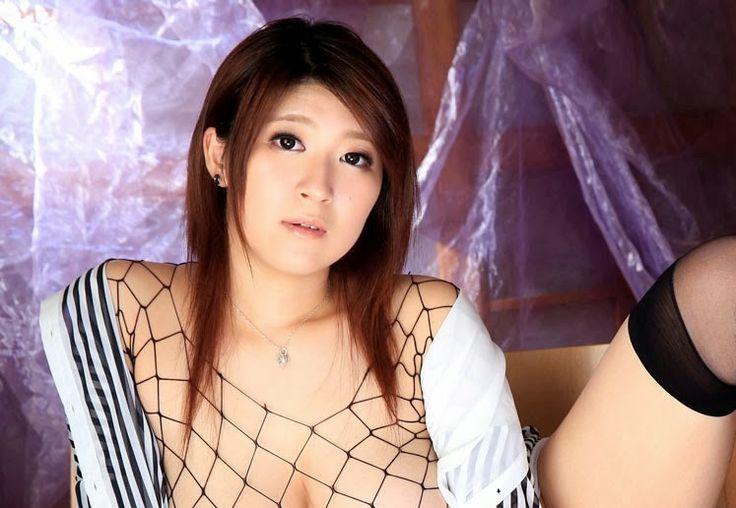 FOTO BUGIL TERBARU GALLERY CEWEK BB HOT: Rina Araki - Payudara Besar Aktris Jepang