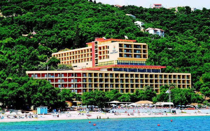 Hotel Nissaki Beach 4*  http://www.meridian-travel.ro/hoteluri/corfu/hotel-nissaki-beach/