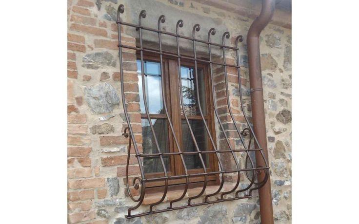 Oltre 25 fantastiche idee su finestre con inferriate su - Inferriate per finestre costi ...