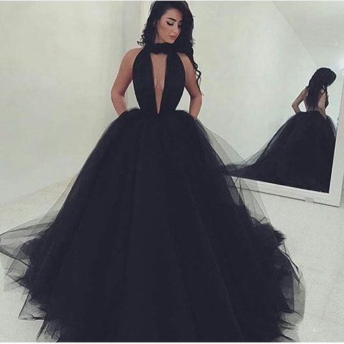 Incredibly Prom Dress,V-neck Long Prom Dress,Black Tulle 2017 Prom Dress