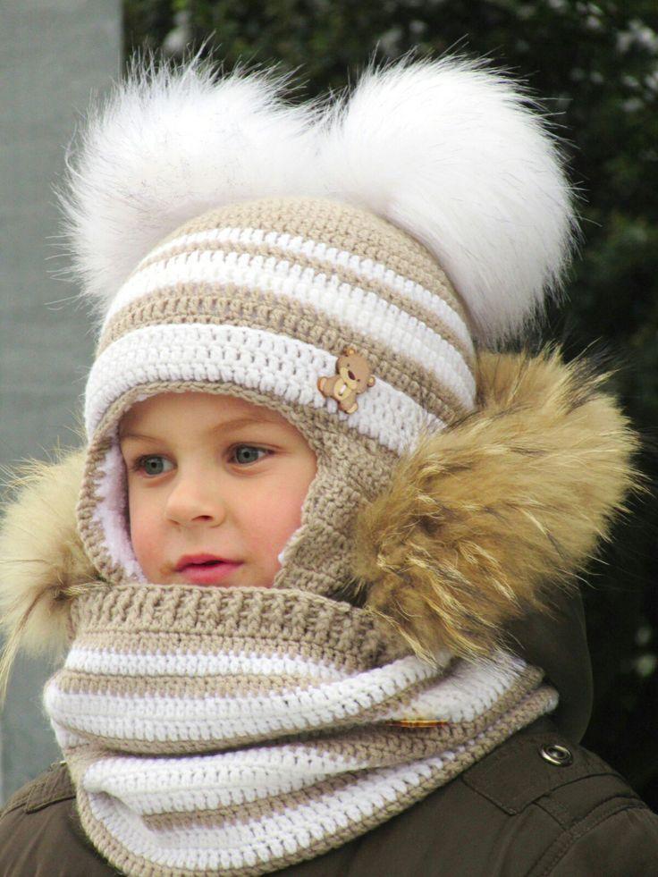 Комплект шапочка и снуд для мальчика крючком