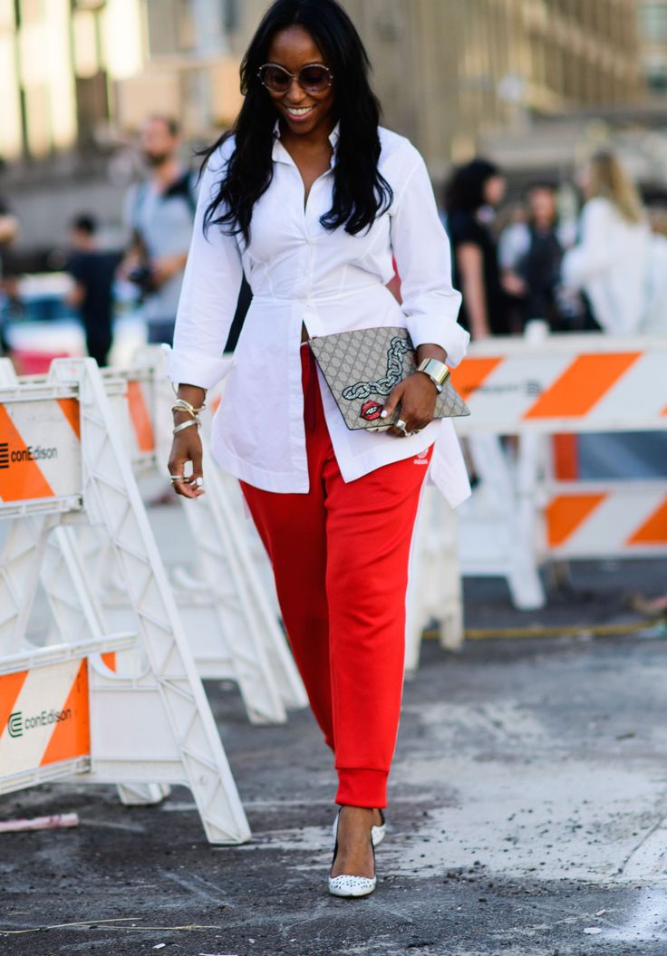 5 Fashion Trends That Will Be in for 2017 and 5 That Will Be Out. No, no, no! Do not call sweatpants easy elegance!